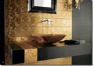 vannas istaba zeltainos toņos