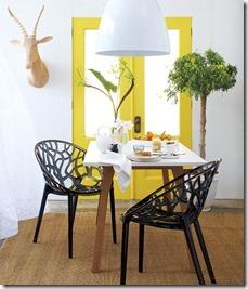 dzeltens interjers virtuvei