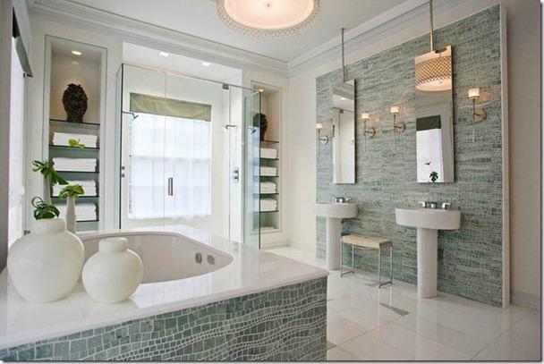 mozaīkas vannas istabā