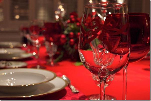 ziemassvētku dekorācijas galdam